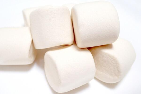 白いマシュマロ
