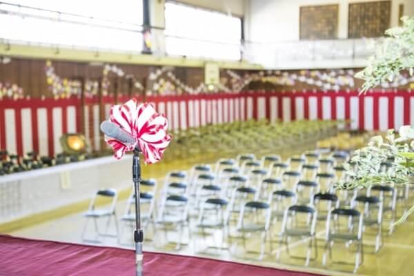 入学式会場の体育館