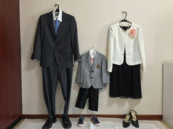 家族全員の卒業式の服装