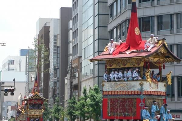葵祭の山車