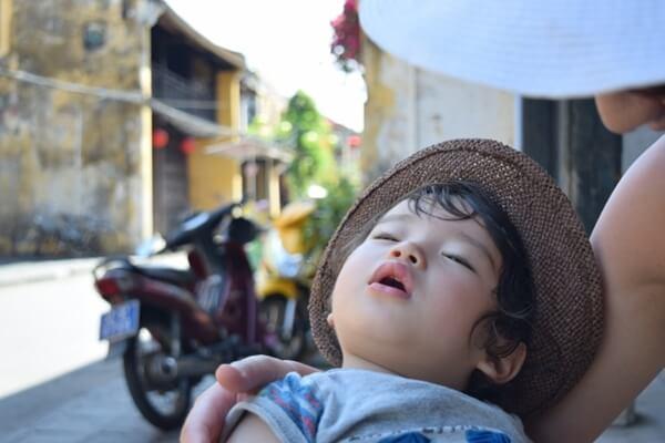 猛暑でバテた赤ちゃん